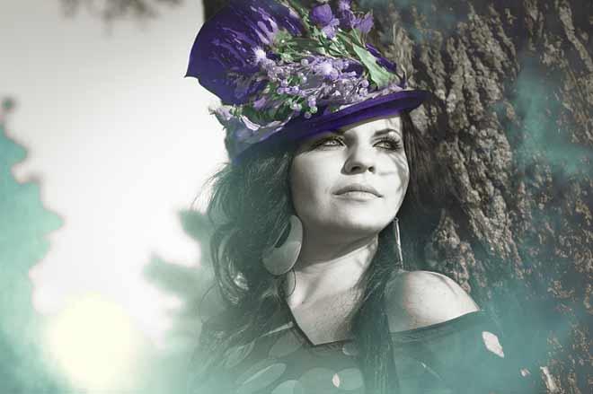 ljubičasti šešir