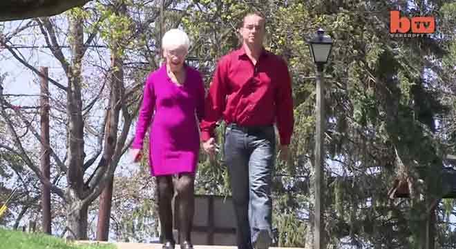 31 godišnji momak koji ima ženu 91 godinu