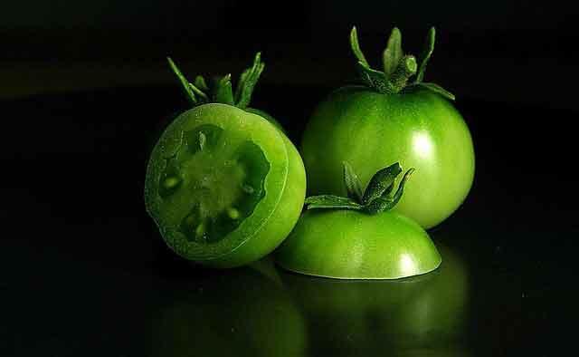 ZIMNICA OD PARADAJZA zeleni-paradajz