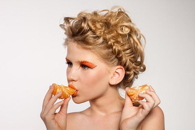 Trljala je zube korom pomorandže! - Evo zašto