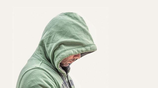 ZBOG OGROMNOG PENISA OSTAO SAM NEVIN: Nesrećni muškarac ispovedio svoju muku