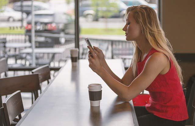 SMS koji samo očajnice šalju: Ove poruke ne šalji bivšem, ako želiš da ti se vrati