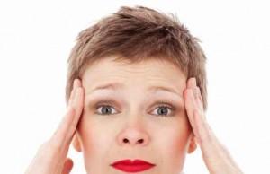 KAD JE GLAVOBOLJA OPASNA: Ako vas ovako zaboli glava, odmah idite kod lekara!