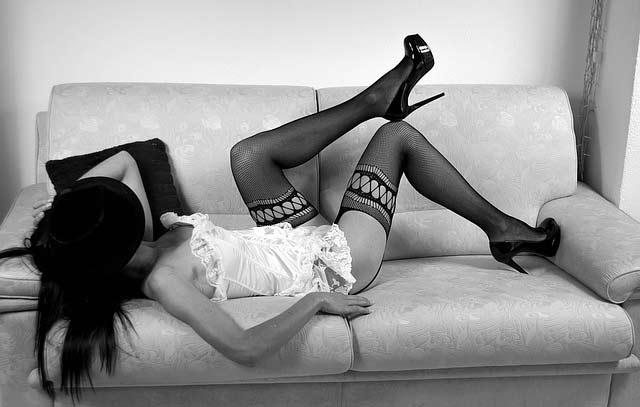 Nošenje čarapa u seksu povećava želju mnogo