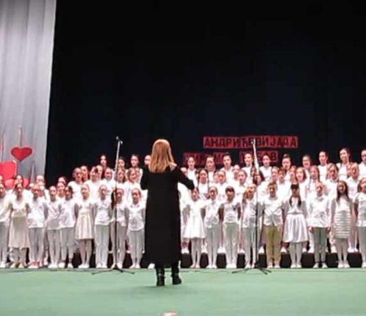 DECA PEVAJU HIMNE METALA: Beogradski školski hor obradio Bruce Dickinson-a, Manowar, Scorpions-e...