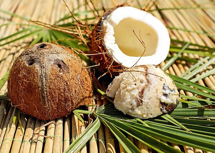 kokosovo-ulje-prirodno-cudo-za-negu-lepotu-12-nacina-da-koristite-ovu-magicnu-namirnicu 3