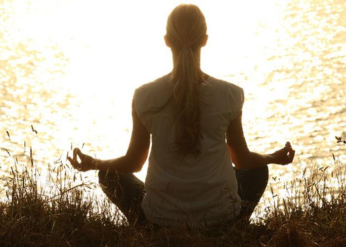 nemate-srece-u-ljubavi-kundalini-joga-vam-nudi-resenje-sa-6-vezbi-koje-pomazu