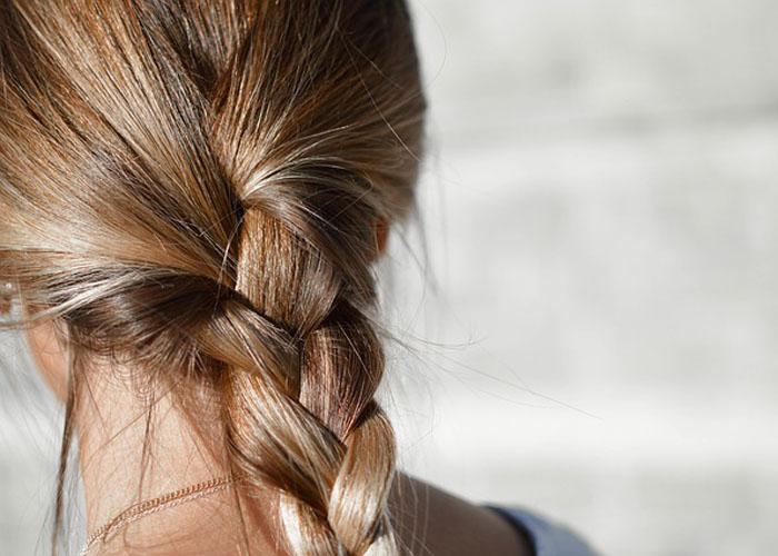 muci-vas-perut-recite-zbogom-ovoj-napasti-ovim-prirodnim-lekom kosa