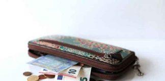 IZBEGNITE NEVOLJE: Ove stvari nikako ne držite u novčaniku!