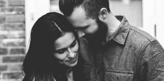 TO JE, BRE, LJUBAV: Status jednog muža osvaja ženska srca širom sveta!
