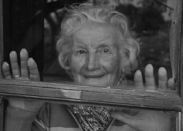 baka-bez-dece-ima-poruku-za-vas-spremite-maramice-koliko-god-da-ste-jaki 1