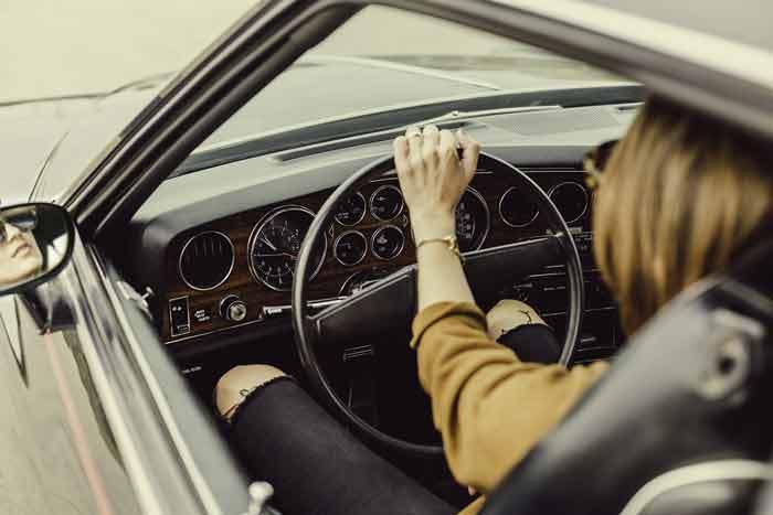 Kako držite volan?