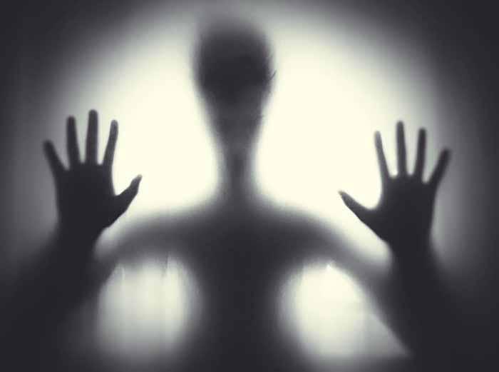 VERUJETE LI U DUHOVE? Ovo su Naučna objašnjenja za pojavu duhova