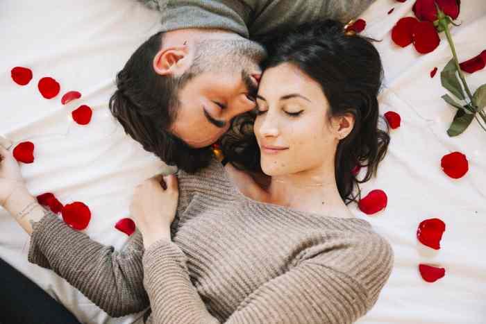 Ako želite bebu što pre: Nauka utvrdila koliko puta treba da imate odnos u toku noći da bi vam plan uspeo