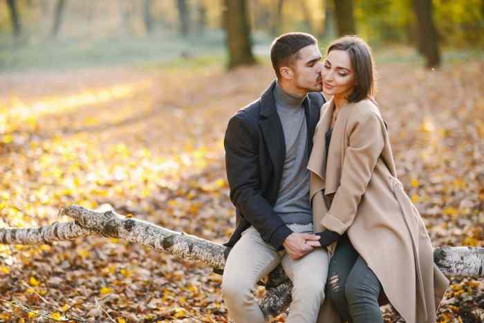 Ljubavni horoskop za oktobar 2019: Ovan skače iz flerta u flert, Devica neizmerno srećna, kod Strelca klimavo u vezi