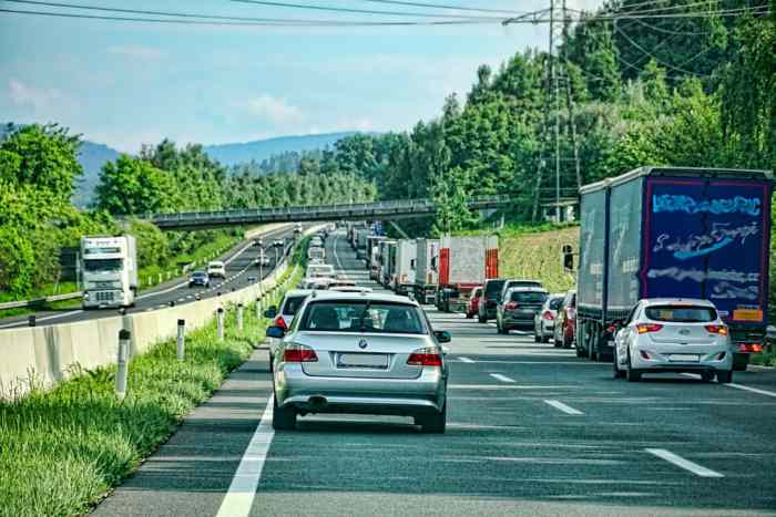 Da li je vuča vozila koje je u kvaru dozvoljena na auto putu, evo odgovora koji sigurno niste očekivali!