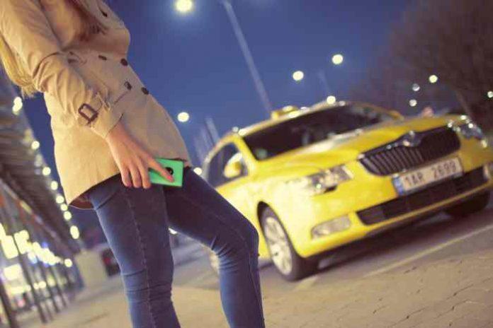 Taxi telefoni Beograd: Spisak taxi udruženja - brojevi telefona i informacije.