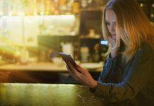 Pamet u glavu pre nego što se uhvatiš za telefon: 8 poruka koje mogu da ti upropaste ljubavni život
