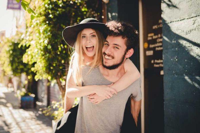 Ljubavni horoskop od 16. do 31. jula 2019: Početak obećavajuće veze za Raka, Vaga guši partnera, Blizanac uživa