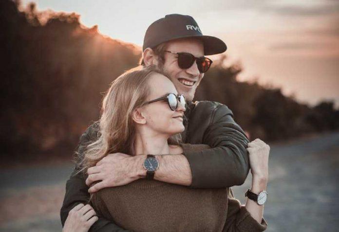 Jedino ovako možeš da budeš sigurna da mu je stalo do tebe: Ako on radi ovih 5 stvari, znaj da te iskreno voli