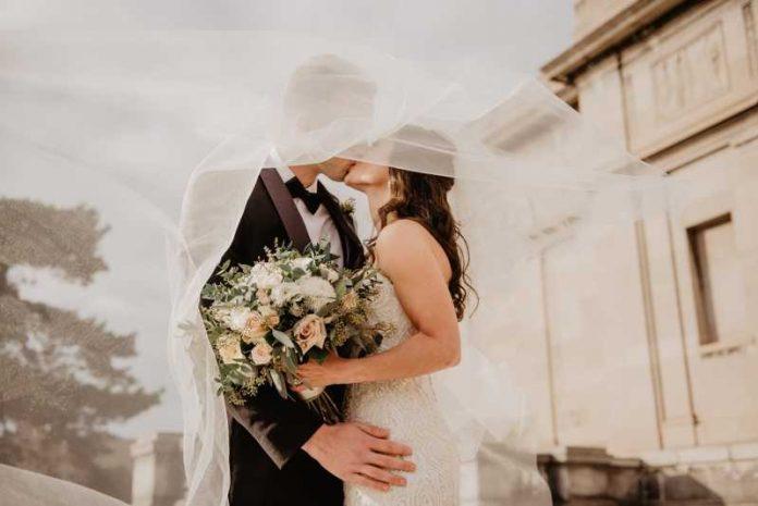 Ne gubi vreme sa neodlučnim muškarcem: Jedino ovako ćeš biti sigurna da on ima nameru da te oženi