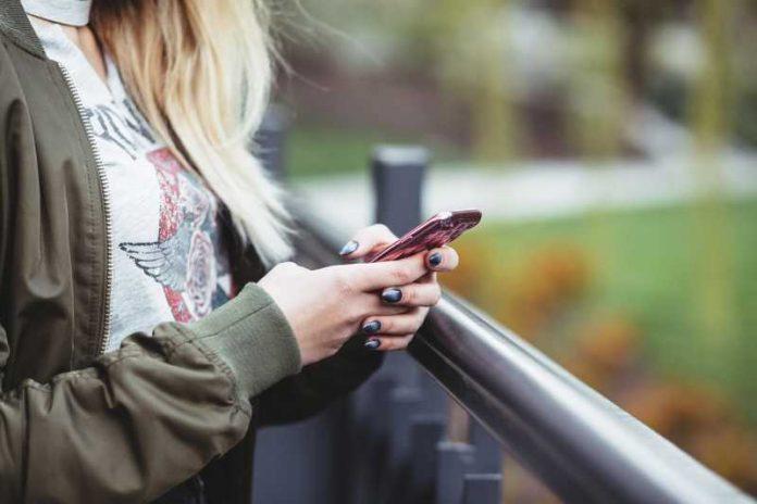 Hoćeš da špijuniraš nekog na Instagramu, a on zaključao profil? To više nije prepreka pomoću ovih 5 caka