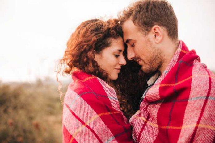 Ljubavni horoskop od 16. do 30. septembra 2019: Blizanac se muči u vezi, Škorpija zavodi sve od reda, platonska ljubav za Ovna