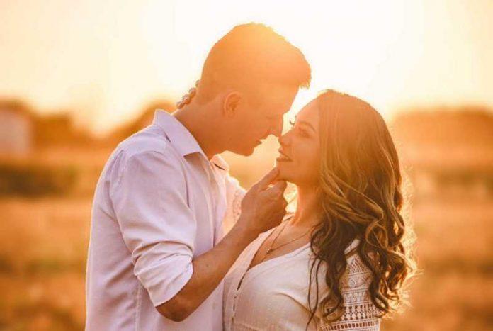 Sitnice ga odaju: 7 malih dokaza da te on voli iako ti to još nije rekao