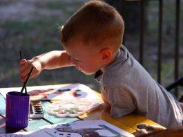 Saznajte sve o karakteru mališana: Evo šta izbor boje na crtežu otkriva o detetu!