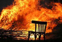 8 poza na stolici koje će RASPALITI vaše strasti